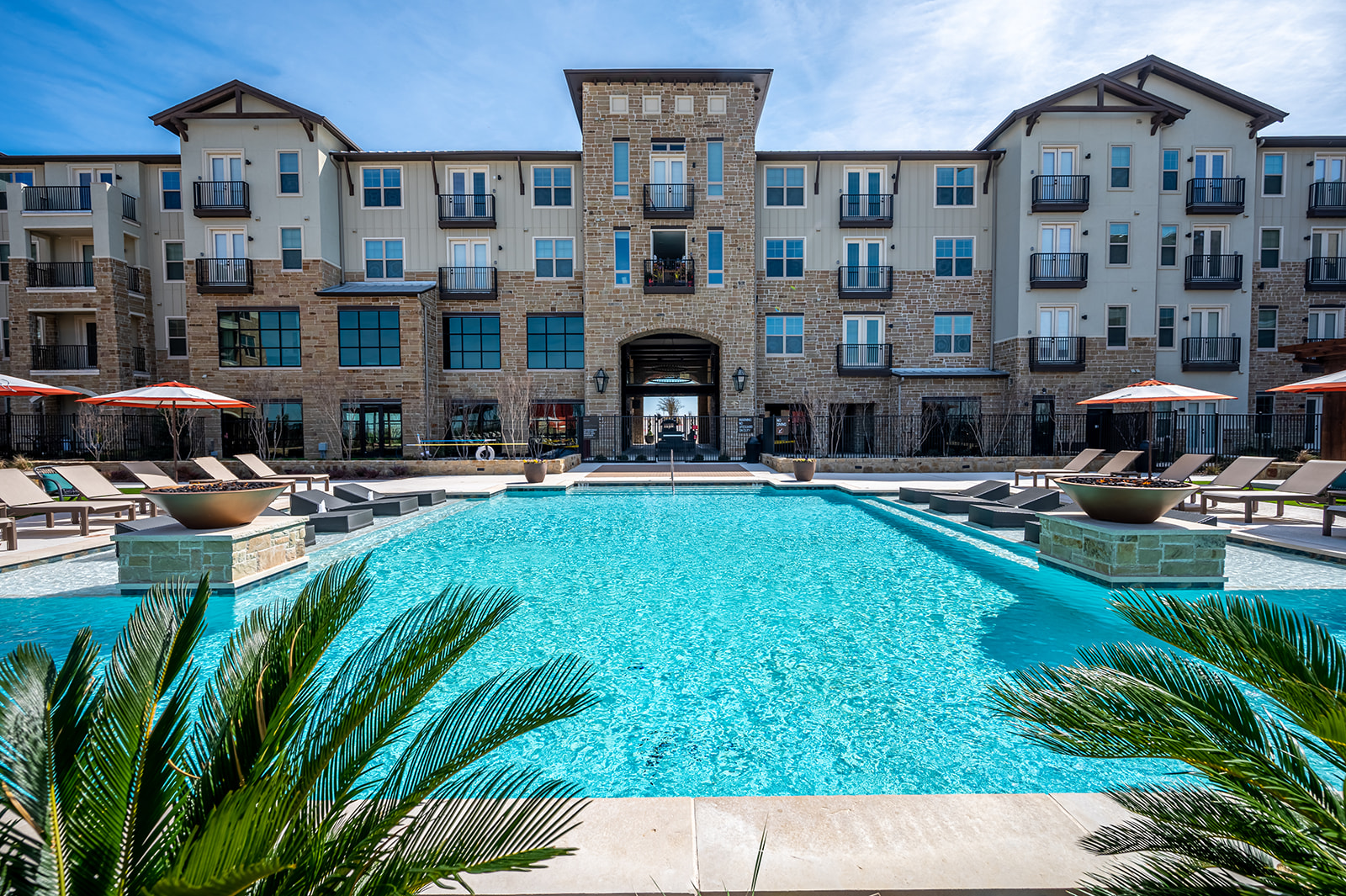 KWA Construction Completes Denton's State-of-the-Art Apartment Community The Village at Rayzor Ranch